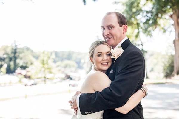 {Real Weddings} Jessica and Eric's Romantic Wedding