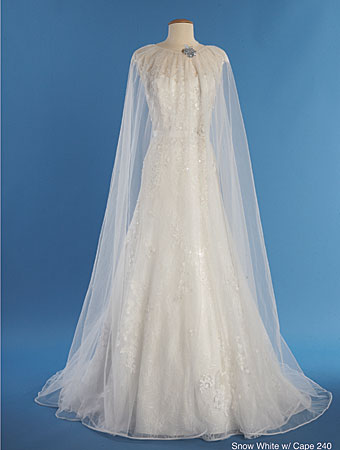 The 2014 alfred angelo disney 39 s fairy tale wedding gowns for Disney style wedding dresses