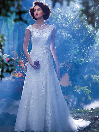 Snow White - 2014 Alfred Angelo Disneys Fairy Tale Wedding Gowns ...