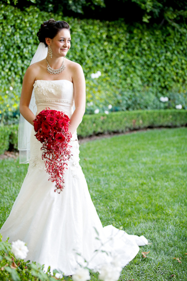 Dene and Dylan's Romantic Red Disneyland Wedding // Photography by White Rabbit Photo Boutique