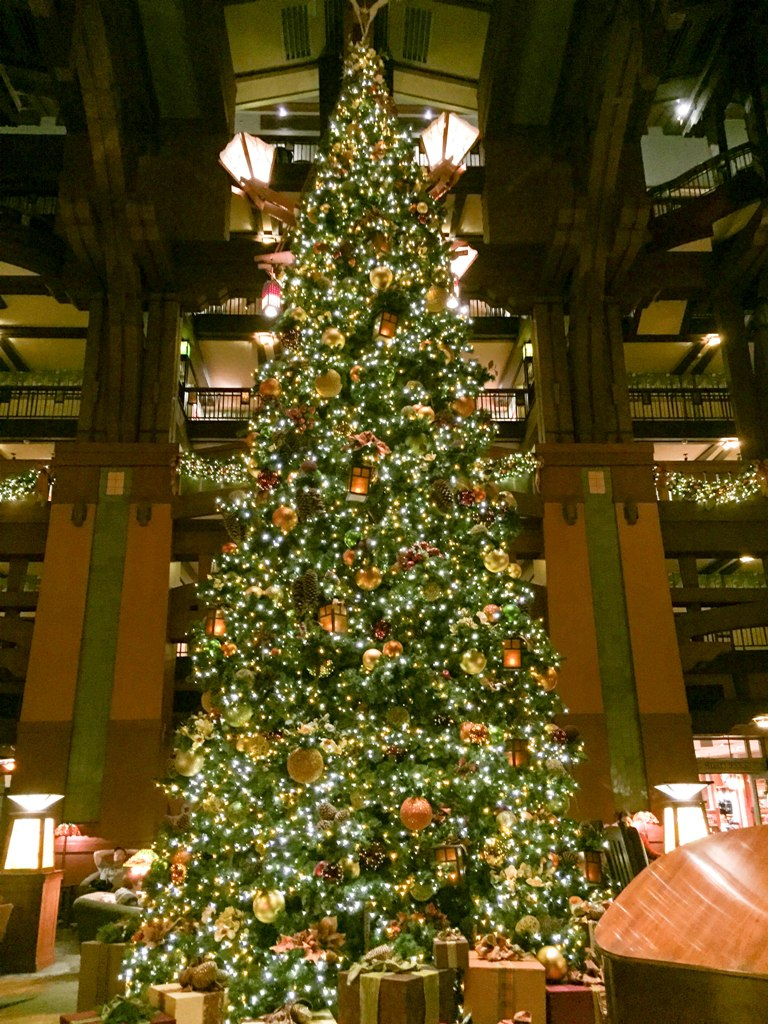 """A """"Grand"""" Addition to Holiday Time at The Disneyland Resort - Disney's Grand Californian Hotel Gingerbread House"""