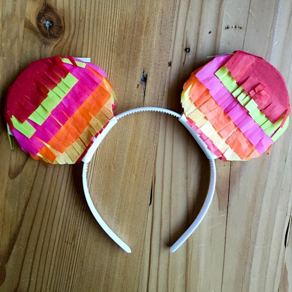 DIY Pinata Mickey Ears