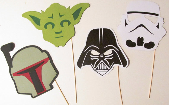 12 Accessories You Need for Your Star Wars Fandom Wedding