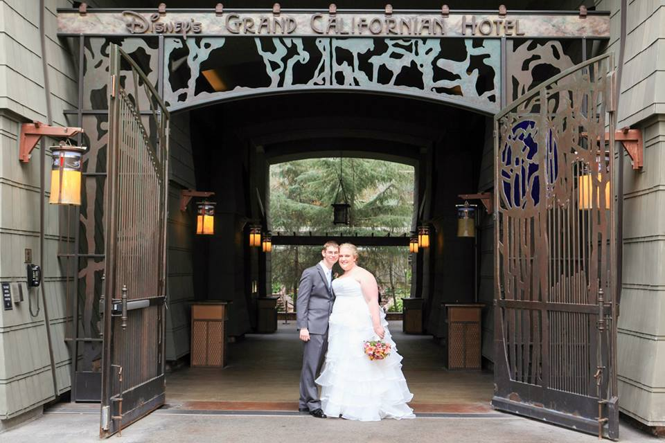 Claire And Jon S Elegant Fun Escape Wedding At Disney Grand Californian Hotel George