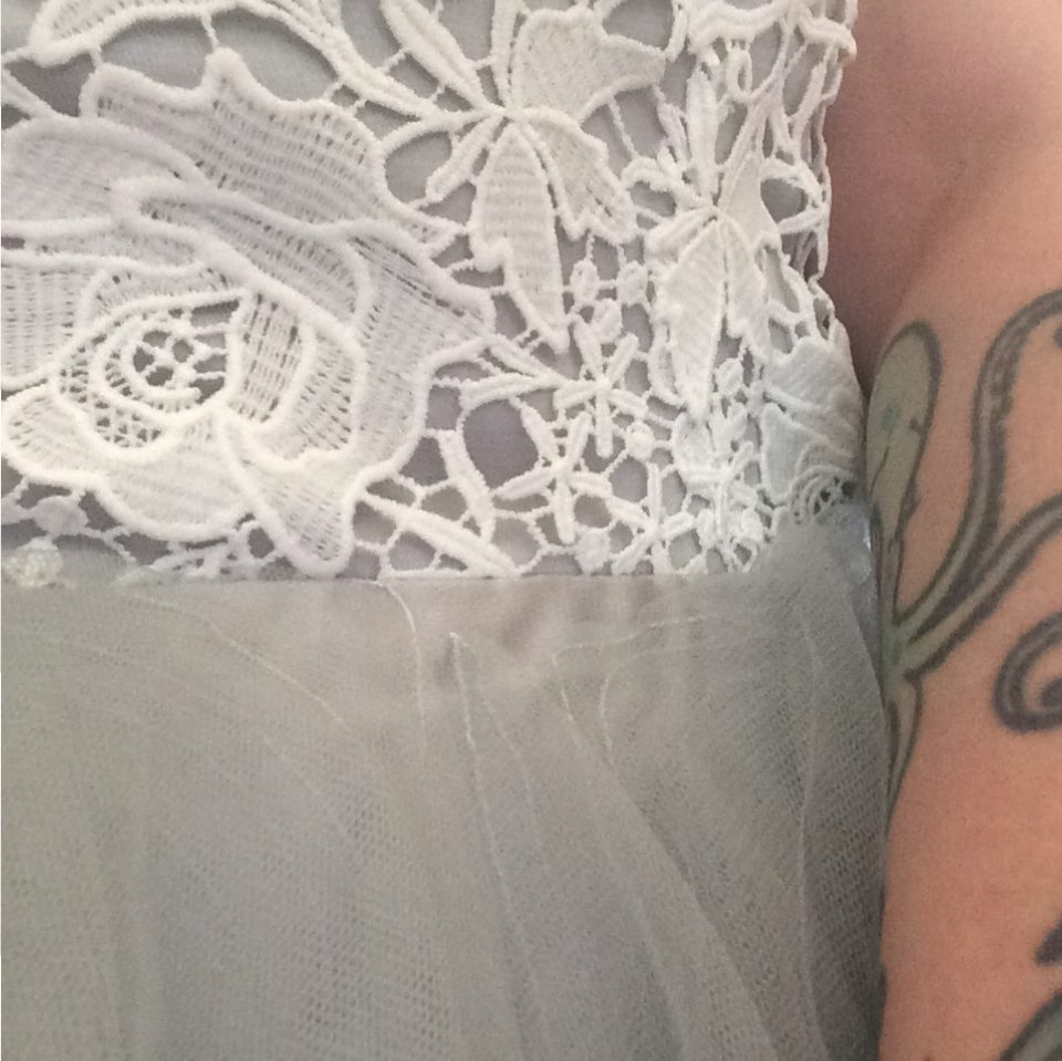 wedding_dress_detail