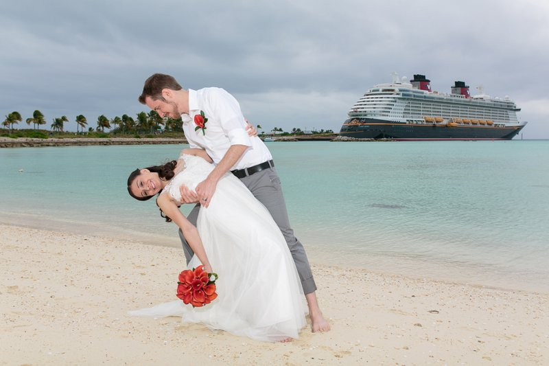 Dominique and Jonathan's Castaway Cay Disney Wedding // Jessica Lea Photography
