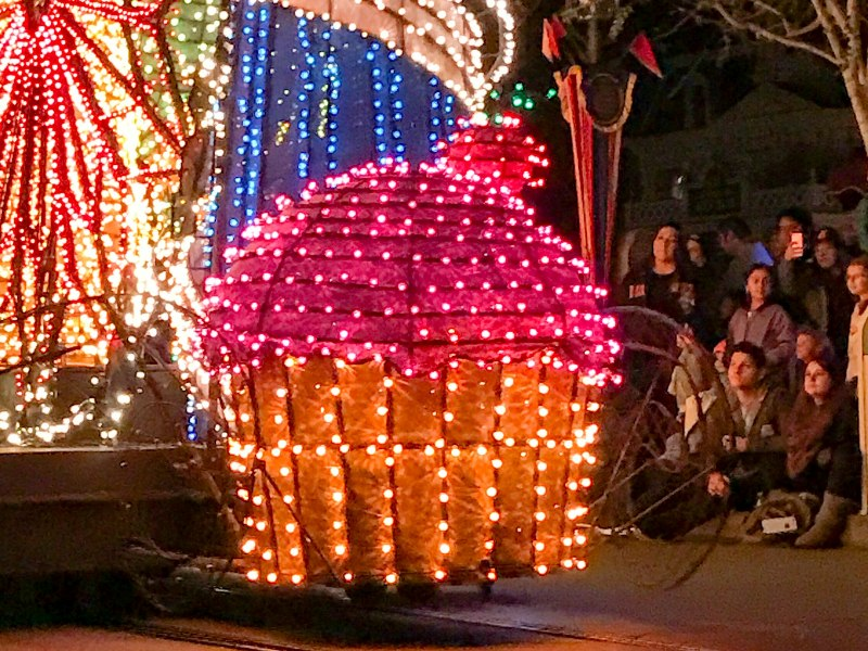 The Main Street Electrical Parade is Back at Disneyland!