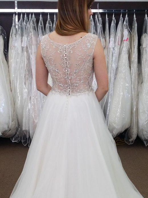 4 Tips to Keep in Mind While Wedding Dress Shopping