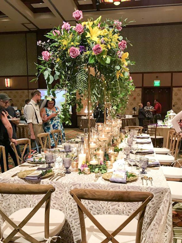 Recap of disney 39 s grand californian hotel wedding showcase for Grand hotel elle decor 2017