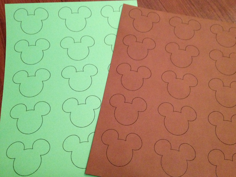 DIY Mickey Football Banner for Your Big Game Party // Inspired By Dis