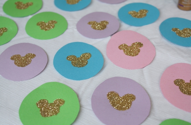 DIY Mickey Easter Garland // Inspired By Dis