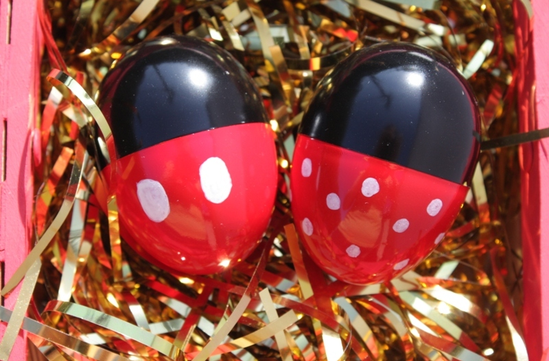 Mickey and Minnie Easter Eggs // Inspired By Dis