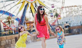 Disney California Adventure Family Session - White Rabbit Photo Boutique // Budget Fairy Tale