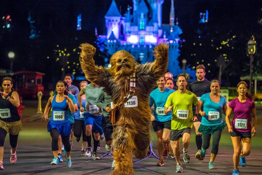 Star Wars runDisney Events Coming to Disneyland January 2015
