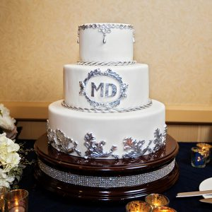 Disneyland wedding vegan cake // Photo by White Rabbit Photo Boutique