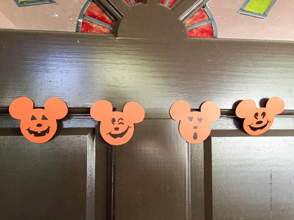 mickey-pumpkin-halloween-banner-23
