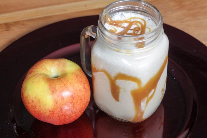 Disneyland's Caramel Apple Smoothie Copycat Recipe