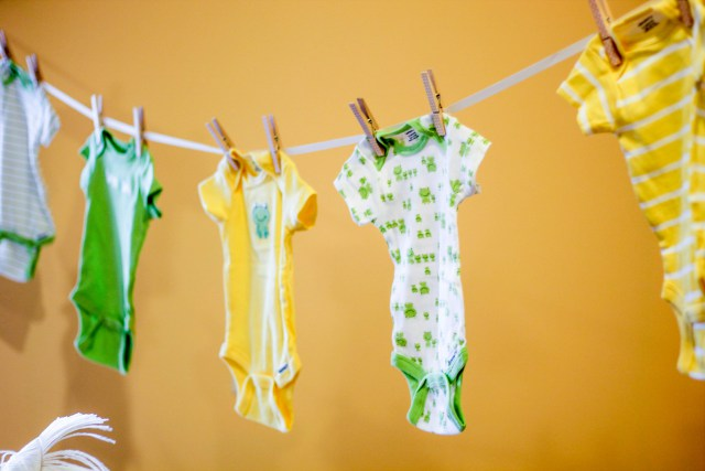 """A """"She's Almost There"""" Princess and the Frog Baby Shower // Lauren Baheri Photography"""