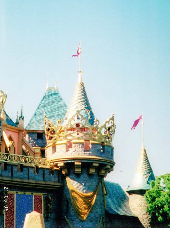 Flashback to Disneyland's Golden 50th Anniversary