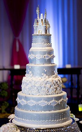 15 Perfect Cinderella Wedding Cakes
