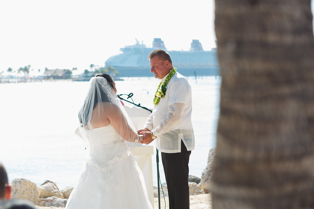 Michelle and Jim's Stress-Free Castaway Cay Wedding
