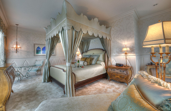 Take a Look Inside the Newly Renovated Fairy Tale Suite at The Disneyland Hotel