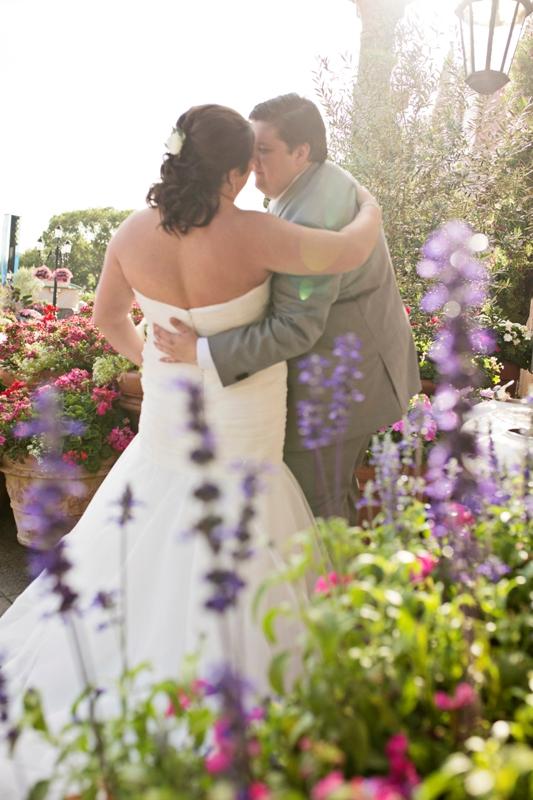 Modern Romantic EPCOT Italy Wedding // Nicole Ami Photography