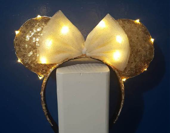 14 Amazing Light Up Mickey Ears for your Disney Summer