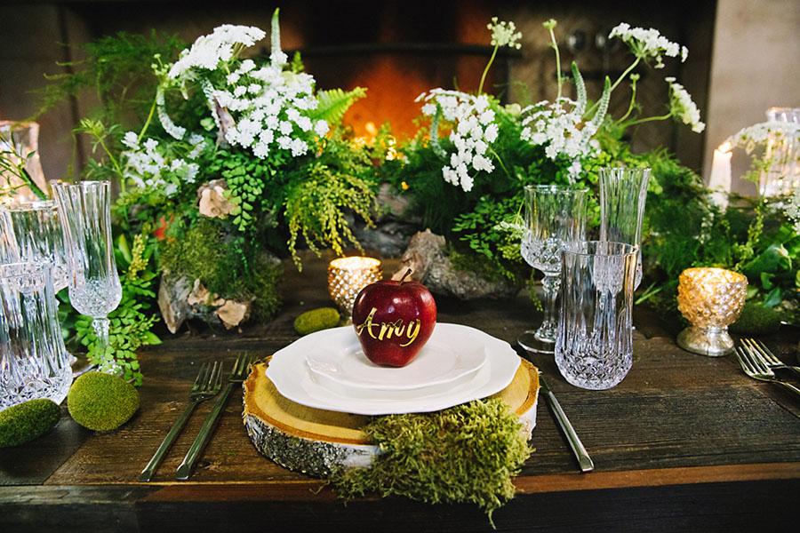 Awe Inspiring Wedding Decor Inspired By Disney Princesses This Fairy Home Interior And Landscaping Ologienasavecom