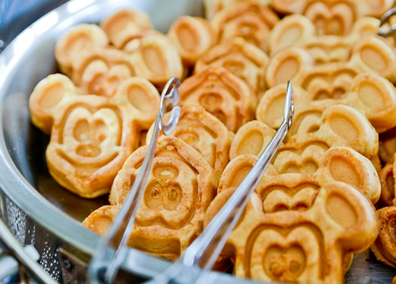 What to Expect at a Disneyland Brunch Wedding Food Tasting