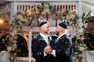 5 Ways to Make Your Christmas Disneyland Wedding Extra Magical