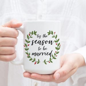 Planning a Wedding During the Holidays? Here are Tips to Save Your Budget and Sanity