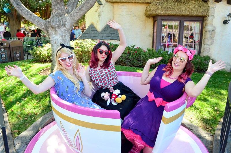 Our ALICE IN WONDERLAND DisneyBound for Dapper Day