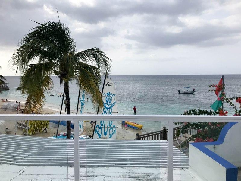8 Ideas for a Romantic Vacation at Jamaica Beaches Ocho Rios