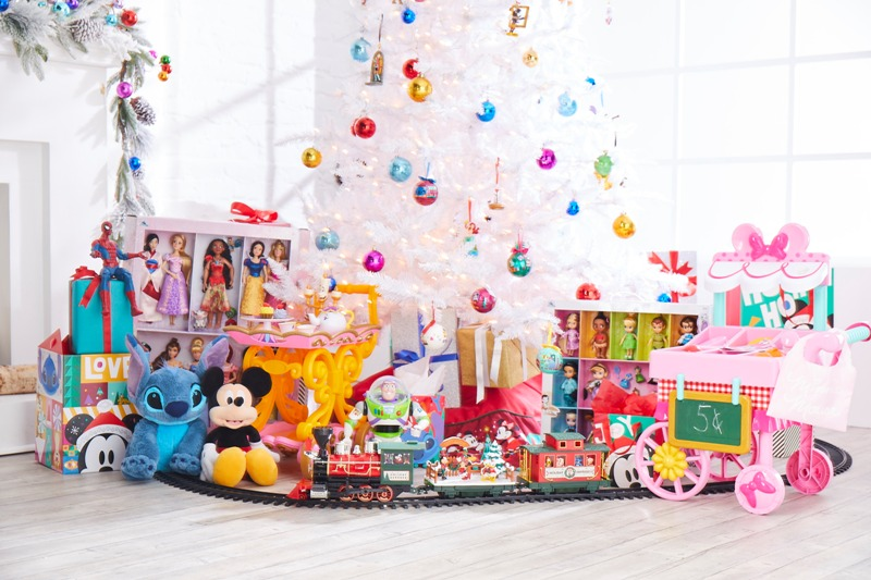 Get a Head Start on Holiday Shopping During ShopDisney's Friends and Family Sale