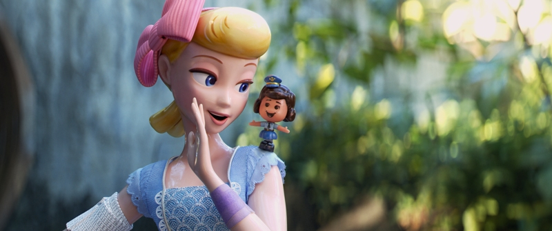 """Interview with Ally Maki (""""Giggle McDimples"""") from TOY STORY 4"""