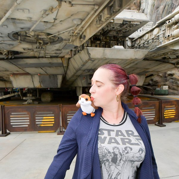 8 Insider Tips to Know Before Visiting STAR WARS: Galaxy's Edge at Disneyland