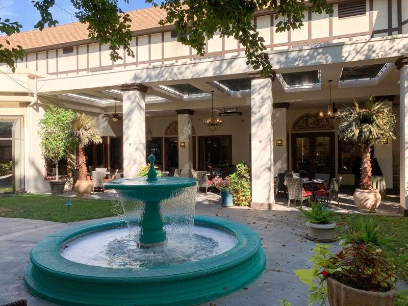 Anaheim Majestic Garden Hotel – Disneyland Good Neighbor Hotel Review