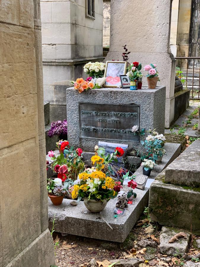 Jim Morrison gravesite at Cimetière du Père Lachaise