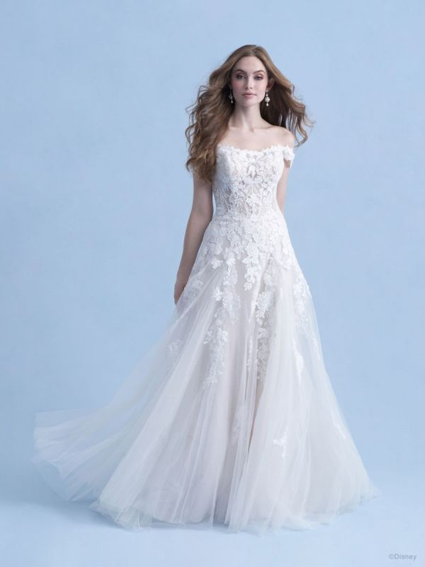 Bride wearing wedding gown inspired by Disney Princess Aurora